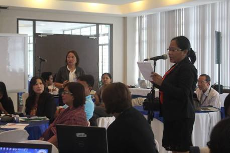 ERDB Supervisor Scientific Research Specialist and OIC-Chief Coastal Zone and Freshwater Ecosystems Research Division Ms. Carmelita Villamor answers questions raised by Ms. Anabelle Cayabyab, PG-ENRO of Cavite.
